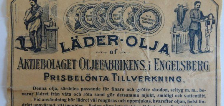 Gammal etikett för läder-olja från Oljeön i Ängelsberg.