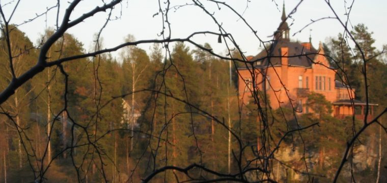 Visningstider på Oljeön 2012: boka in 12 maj.
